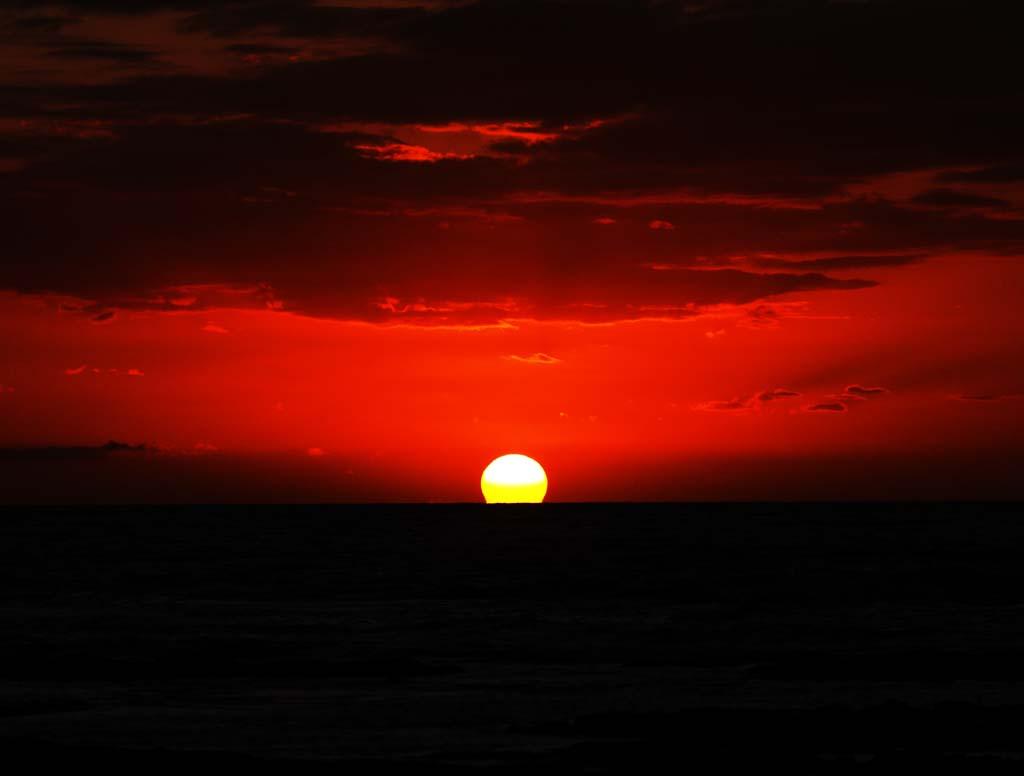 写真,素材,無料,フリー,フォト,クリエイティブ・コモンズ,風景,壁紙,ハワイ島 夕日, 水平線, 太陽, 夕日, 日没