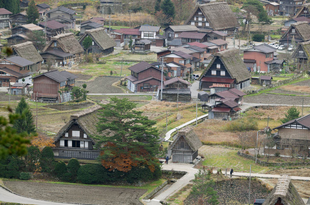 photo,material,free,landscape,picture,stock photo,Creative Commons,Shirakawago commanding, Architecture with principal ridgepole, Thatching, private house, rural scenery