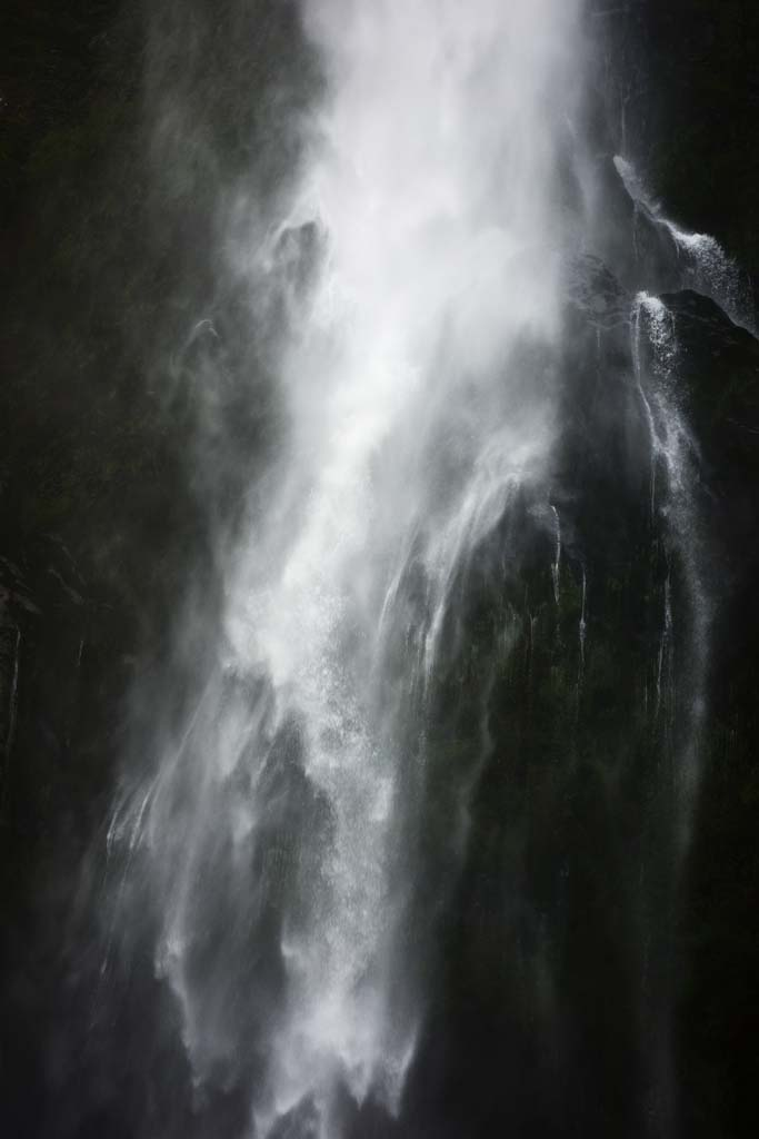 photo,material,free,landscape,picture,stock photo,Creative Commons,Milford Sound Stalin Waterfalls, , , ,