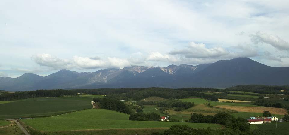 photo,material,free,landscape,picture,stock photo,Creative Commons,Mt. Tokachi-dake, Mt. Tokachi-dake, Smoke, field, cloud