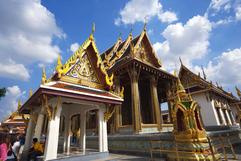 No3570 The Temple Of Emerald Buddha Main Hall A Buddhist
