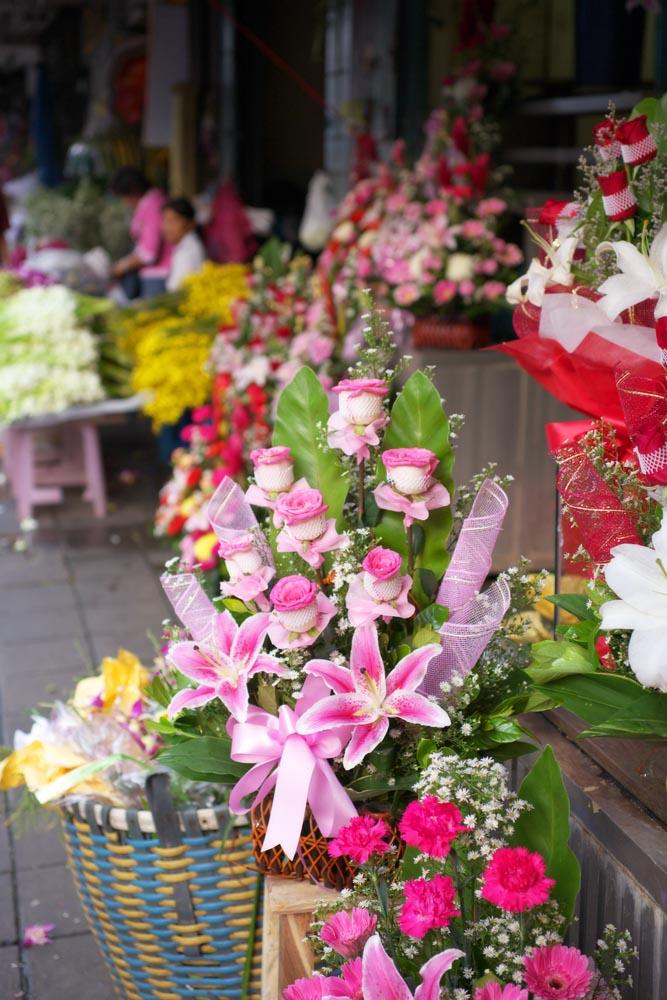 写真,素材,無料,フリー,フォト,クリエイティブ・コモンズ,風景,壁紙,バラの花かご, ばら, バラ, 薔薇, ユリ