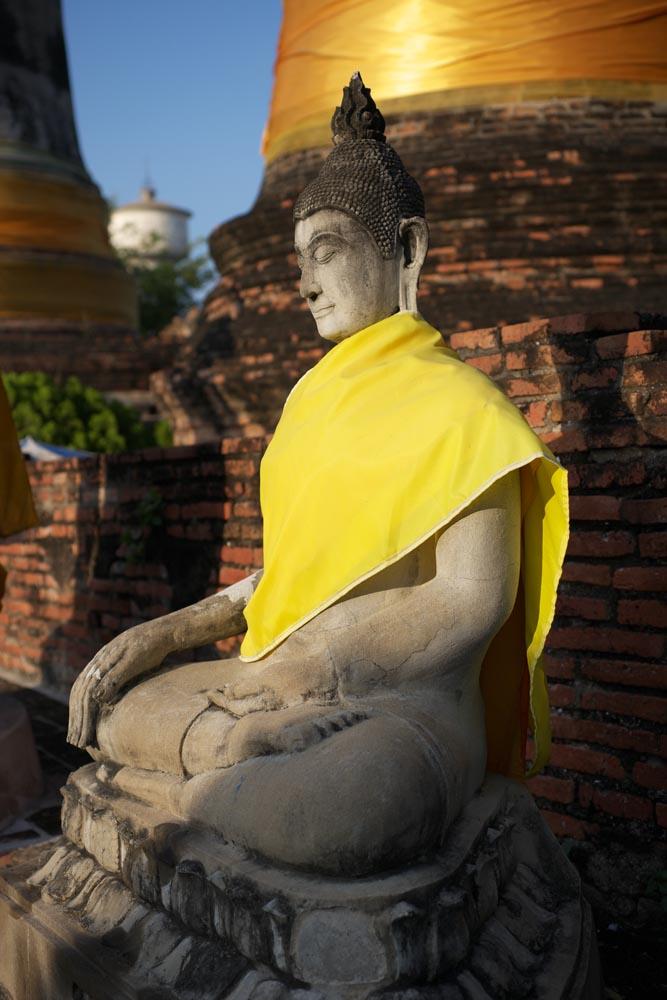 写真,素材,無料,フリー,フォト,クリエイティブ・コモンズ,風景,壁紙,アユタヤの仏像, 仏像, 仏, 仏塔, アユタヤ遺跡