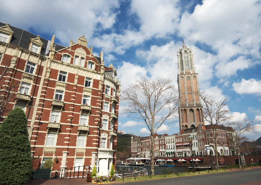 photo,material,free,landscape,picture,stock photo,Creative Commons,Scenery of Huis Ten Bosch, cloud, blue sky, tower, hotel