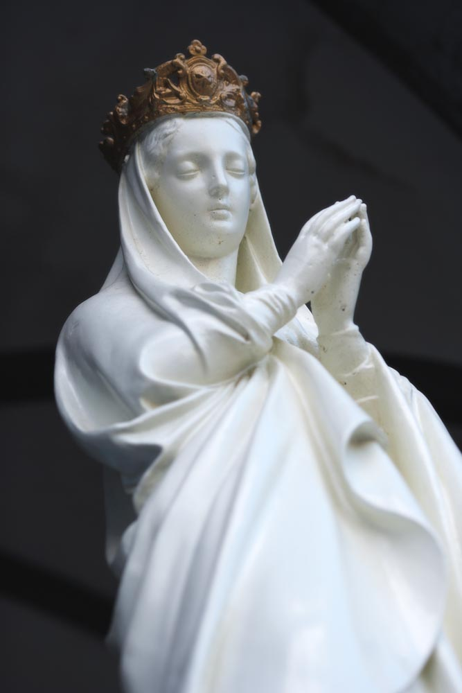 photo,material,free,landscape,picture,stock photo,Creative Commons,Japanese Holy Mother image, Christianity, Maria image, Holy Mother image, bronze statue