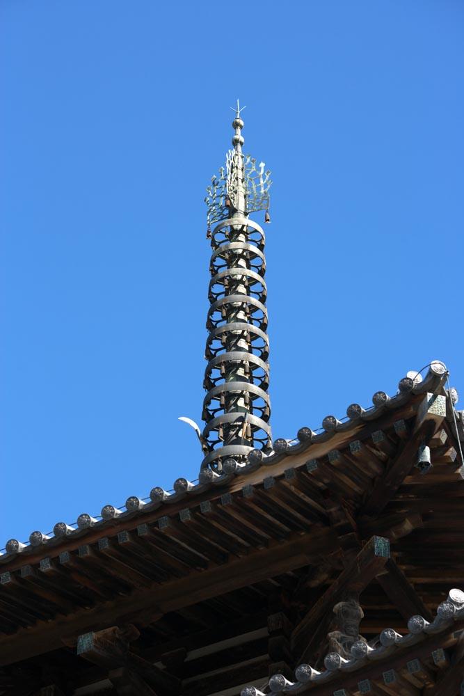 Foto, materieel, vrij, landschap, schilderstuk, bevoorraden foto,Vijf Storeyed Pagoda topje, Boeddhisme, Vijf Storeyed Pagoda, Van hout gebouw, Blauwe lucht