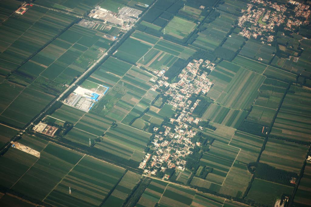 photo,material,free,landscape,picture,stock photo,Creative Commons,The village of the Beijing suburbs, field, village, building, division