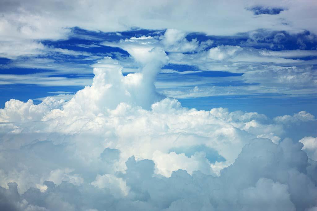 写真,素材,無料,フリー,フォト,クリエイティブ・コモンズ,風景,壁紙,積乱雲, 青空, 雲, 航空写真, 雲海