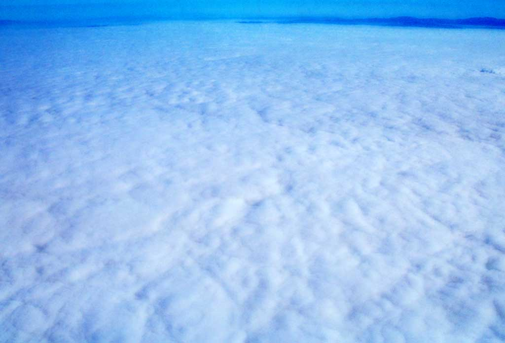 photo,material,free,landscape,picture,stock photo,Creative Commons,Pale sea of clouds, cloud, , ,