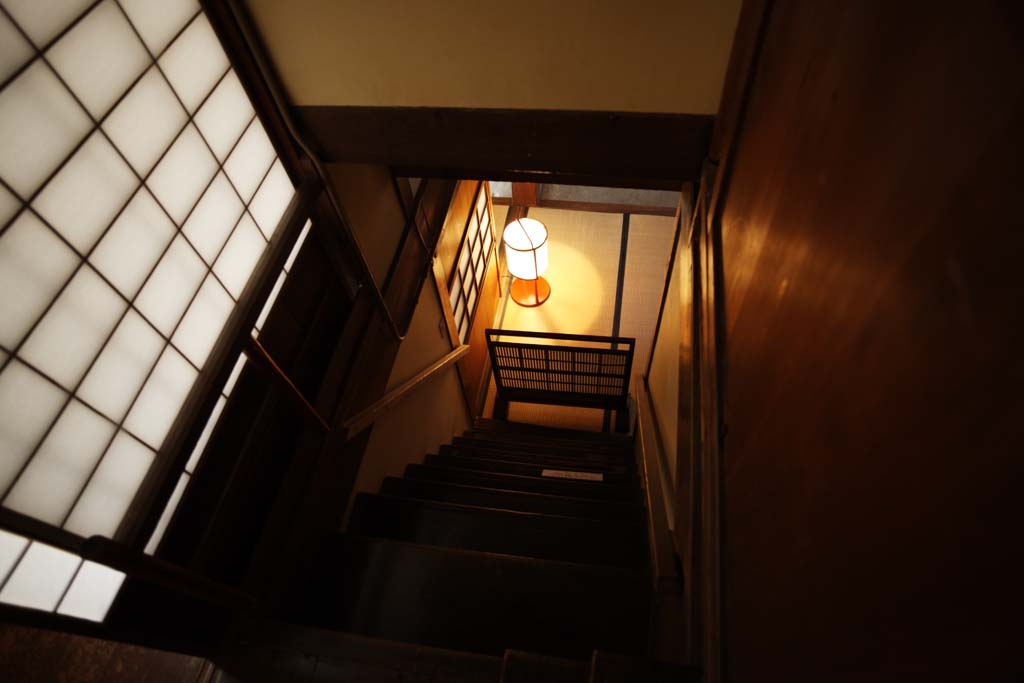 photo,material,free,landscape,picture,stock photo,Creative Commons,A person of Meiji-mura Village Museum east pine house, building of the Meiji, shoji, light, Stairs